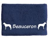 Bekleidung & AccessoiresHundesportwesten mit Hundemotiven inkl. Rückentasche MIL-TEC ®Handtuch: Beauceron 2