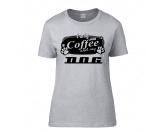 Bekleidung & AccessoiresSoftshelljackenHundespruch T-Shirt: I only need Coffee and my Dog